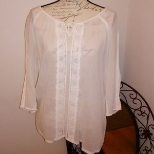 Lovely flowy blouse